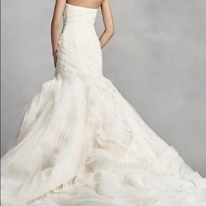 Vera Wang Wedding dress and veil